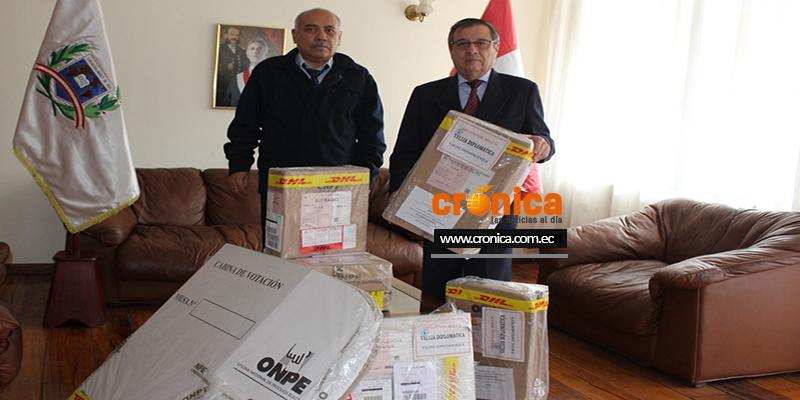 El material electoral herméticamente sellado será entregado a los Miembros de Mesa el domingo 11 de abril, día de las elecciones.