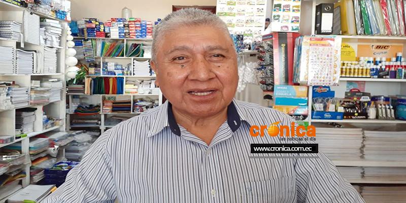 Andrés López y Elio Rosillo, residentes peruanos desde hace más de 40 años en Loja.